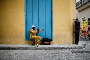 un cours d'espagnol à bayonne pour découvrir l'Amérique latine que représente la photo