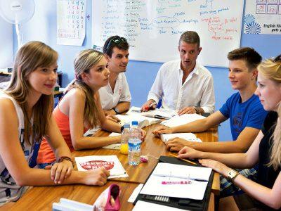 cours de conversation en allemand à la maison des langues jakinola à bayonne